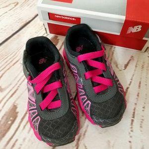 New Balance Infant Girls Running Shoes size 6.5